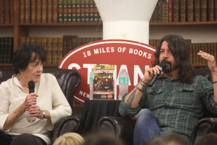 Virginia Grohl and Dave Grohl