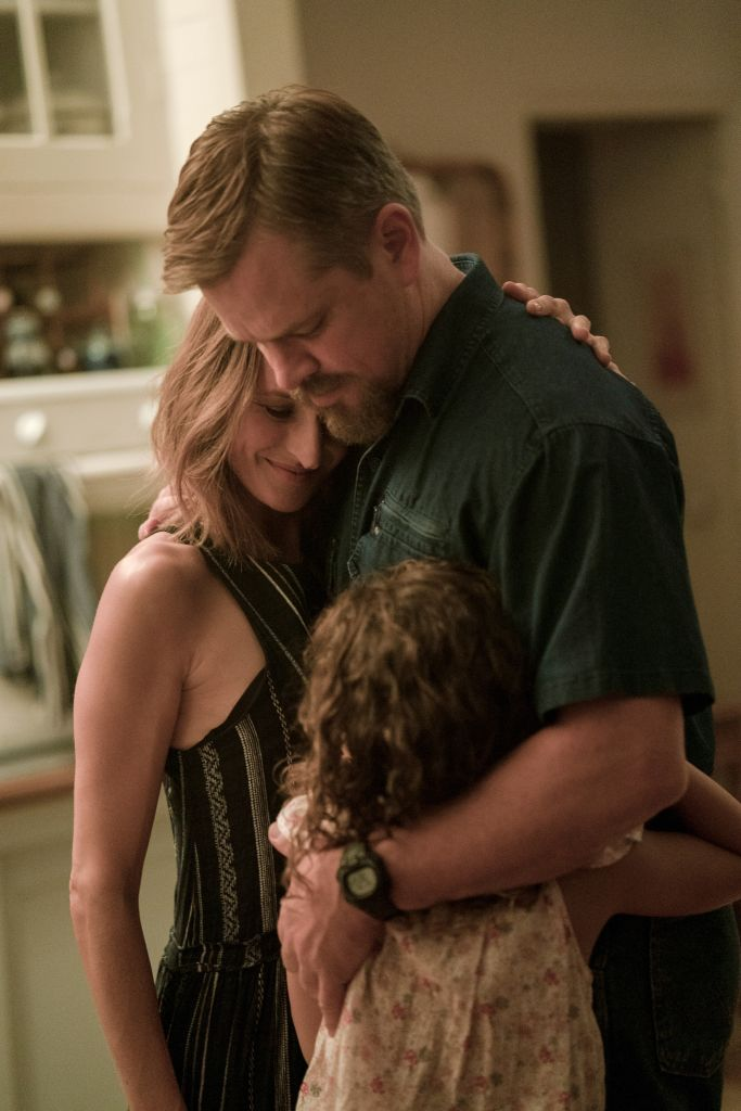 """(L to R) Camille Cottin as """"Virginie"""", Matt Damon as """"Bill"""" and Lilou Siauvaud as """"Maya"""" in director Tom McCarthy's STILLWATER, a Focus Features release. Credit Jessica Forde / Focus Features"""