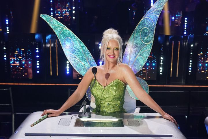 "Katy Perry dressed as Tinker Bell on ""American Idol"""