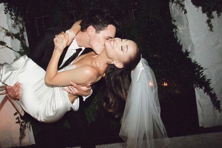 Ariana Grande, Dalton Gomez wedding.