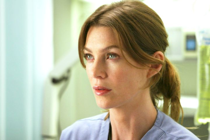 """""""GREY'S ANATOMY"""", Ellen Pompeo, 'Into You Like A Train', (Season 2, aired October 30, 2005)."""