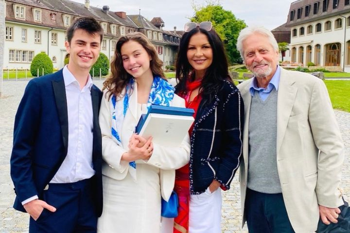 Catherine Zeta-Jones Michael Douglas Cary Graduation