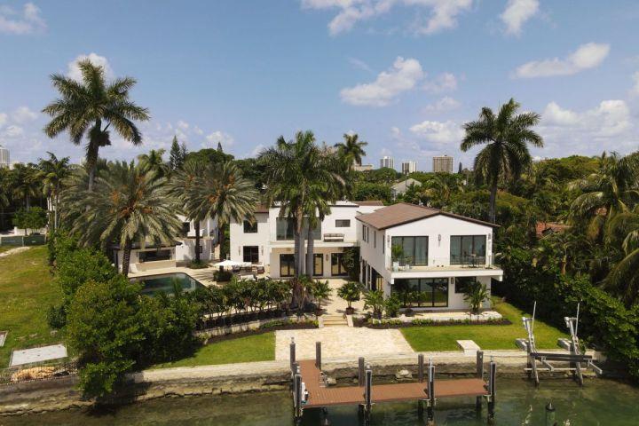 Jennifer Lopez's Miami Mansion