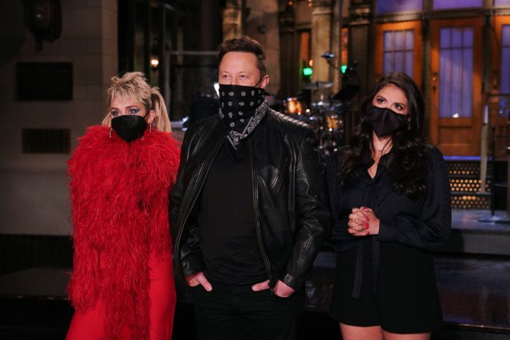 Miley Cyrus, Elon Musk, Cecily Strong