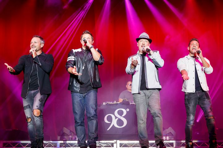 Drew Lachey, Nick Lachey, Justin Jeffre, Jeff Timmons of 98 Degrees
