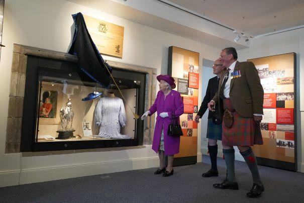 Queen Elizabeth At Stirling Castle