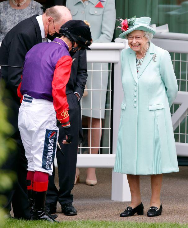 Queen Elizabeth Beams At Ascot Races