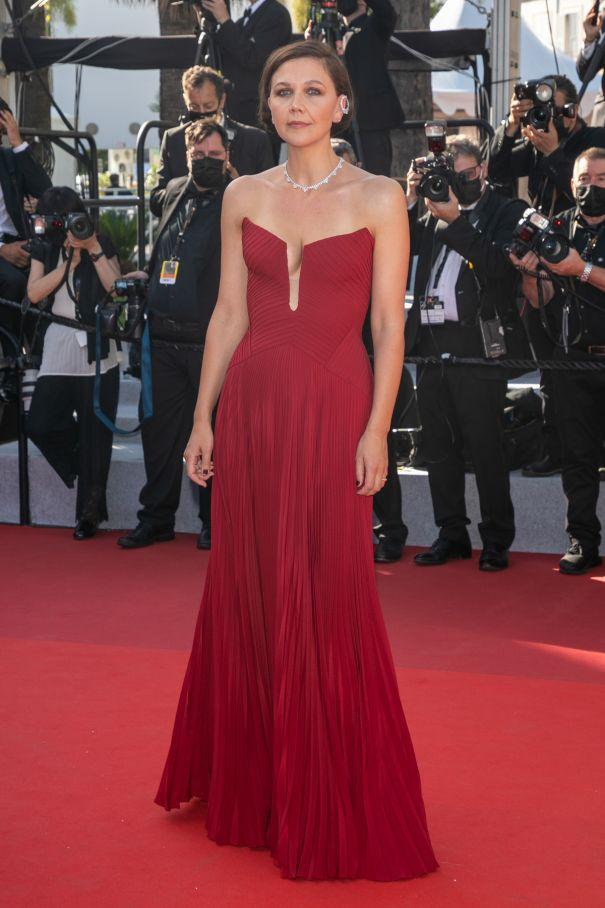 Maggie Gyllenhaal Red Hot