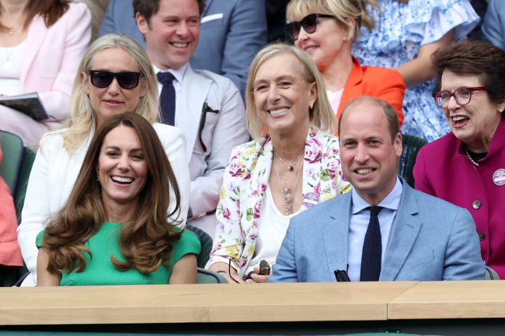 LONDON, ENGLAND - JULY 10: Prince William, Duke of Cambridge and Catherine, Duchess of Cambridge, Martina Navratilova and Billie Jean King attend day 12 of the Wimbledon Tennis Championships at the All England Lawn Tennis and Croquet Club on July 10, 2021 in London, England. (Photo by Karwai Tang/WireImage)
