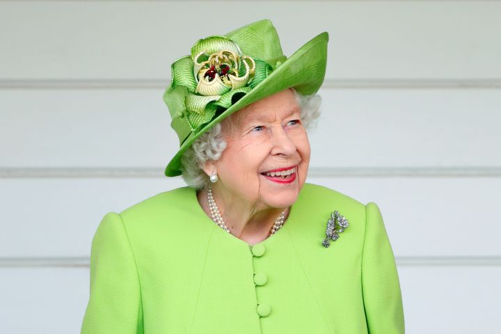The Queen Pens Sweet Message For Great-Grandson Prince George On His