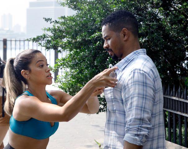 Gina Rodriguez, Damon Wayans Jr. Film 'Players'