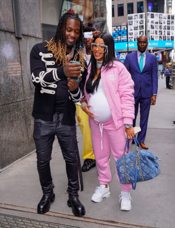 Cardi B Shows Off Her Baby Bump With Offset In NYC