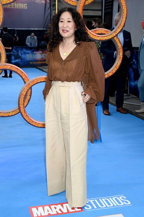 Sandra Oh On The Blue Carpet