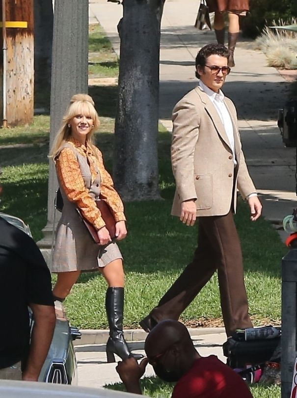 Miles Teller & Juno Temple Have 'The Godfather' In Mind
