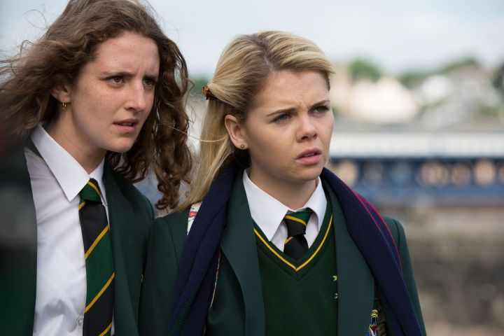 """""""DERRY GIRLS"""", (from left): Louisa Harland, Saoirse Jackson"""
