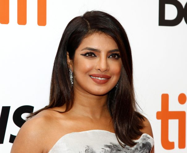 Usher, Priyanka Chopra & Julianne Hough To Co-Host 'The Activist'