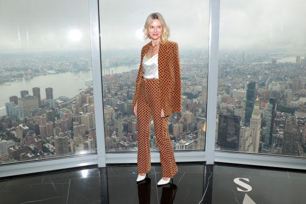 Naomi Watts Goes For Print