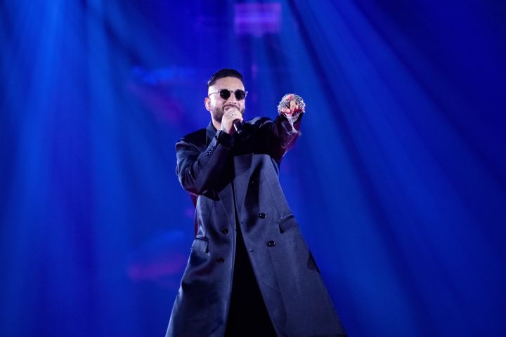 """Maluma performs onstage during the """"Papi Juancho"""" tour at the Forum in Los Angeles."""