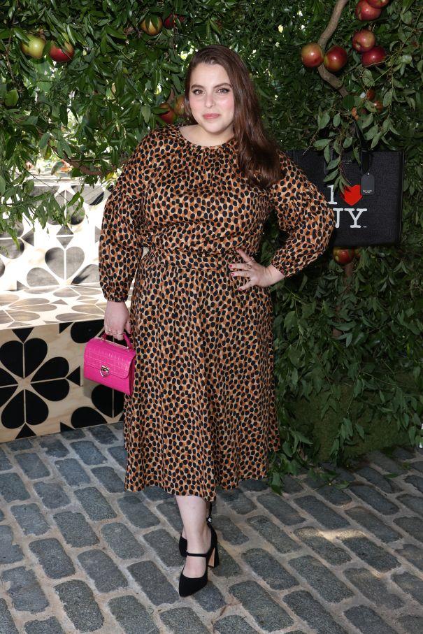 Beanie Feldstein Lovely In Leopard