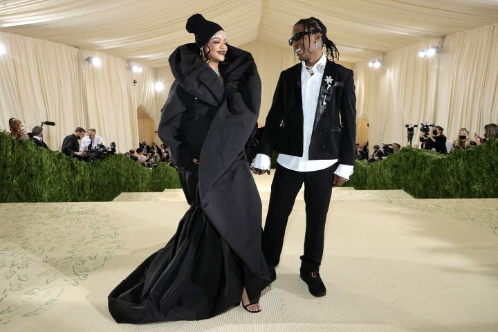 Rihanna and ASAP Rocky attend The 2021 Met Gala. Photo: Jamie McCarthy/MG21/Getty Images For Met Museum/Vogue