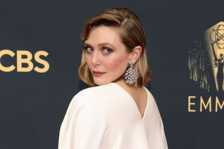 Elizabeth Olsen, jewelry detail, attends the 73rd Primetime Emmy Awards