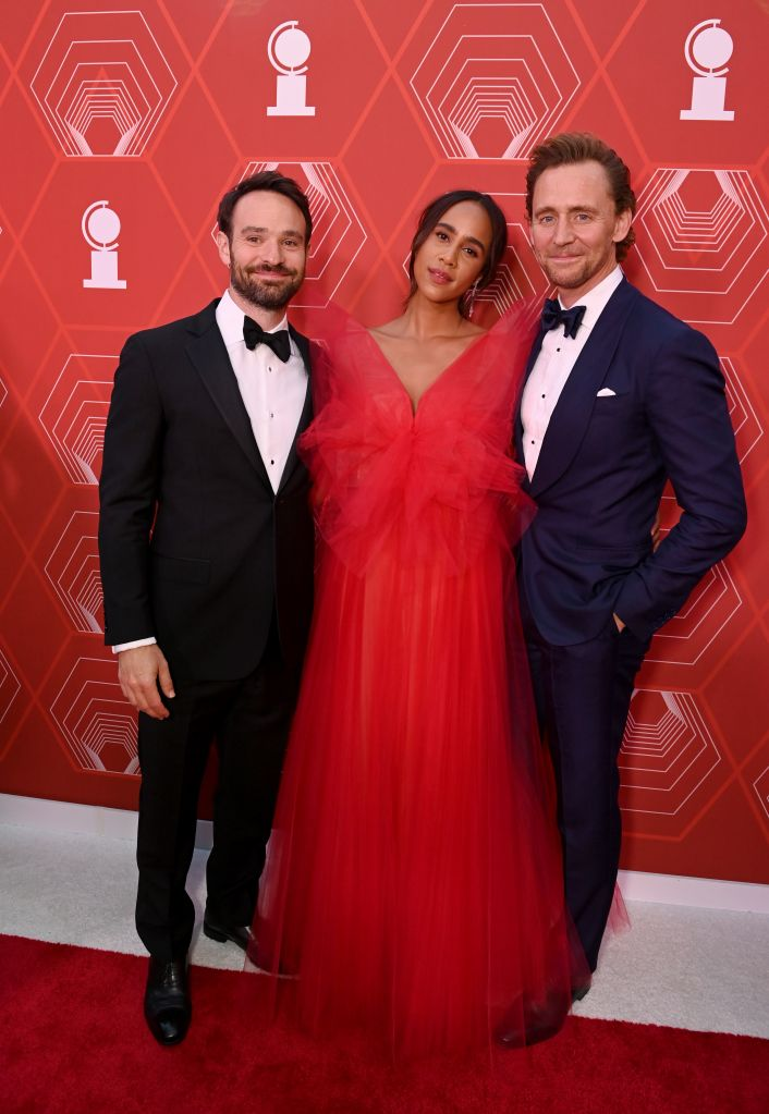 Charlie Cox, Zawe Ashton and Tom Hiddleston – Photo: Bryan Bedder/Getty Images for Tony Awards Productions
