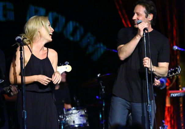 When She And David Duchovny Sang A Duet