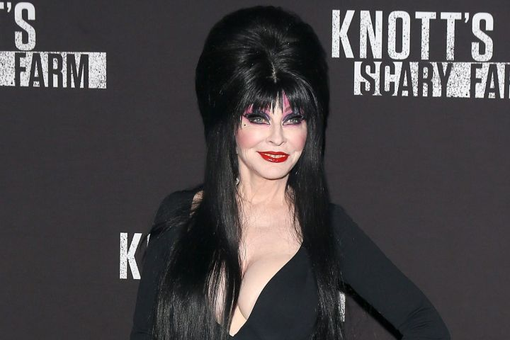 Cassandra Peterson aka Elvira: Mistress of the Dark