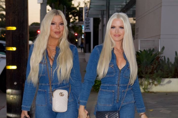 Tori Spelling and hairstylist Laura Rugetti.