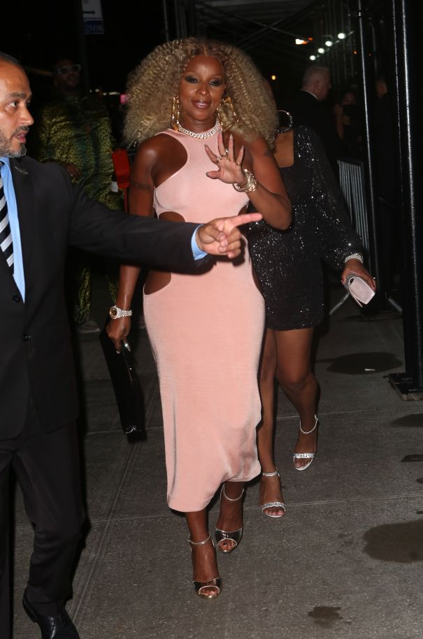 Mary J. Blige Pretty In Pink