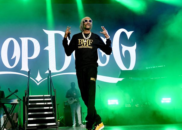 Snoop Dogg Hits The Stage