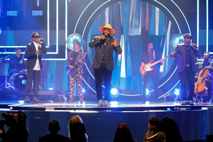 Shawn Stockman, Wanya Morris and Nathan Morris of Boyz II Men perform onstage during the 2021 CMT Artist of the Year on October 13, 2021 in Nashville, Tennessee. Photo: Jason Kempin/Getty Images for CMT/Viacom