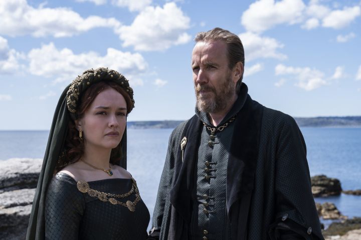 Olivia Cooke and Rhys Ifans – Photo: Ollie Upton/HBO